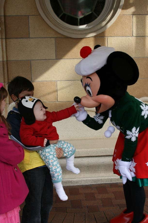 Meeting Minnie {Saving Up for Disney}