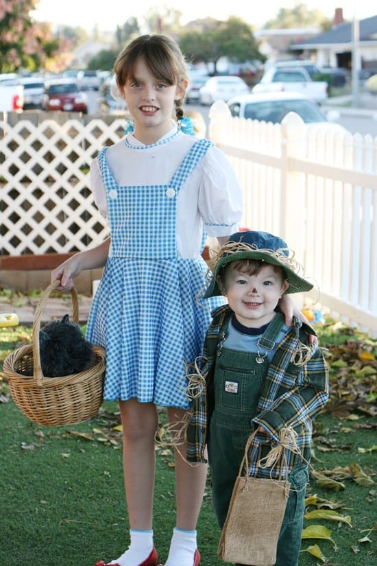 Choosing the right Halloween costumes for babies and toddlers is one of the most fun parts of childhood! Here are the tips on picking the best costume that's appropriate, cute and comfortable for your little one! Dozens of ideas, including family costumes, Disney and how to make your own on a budget.