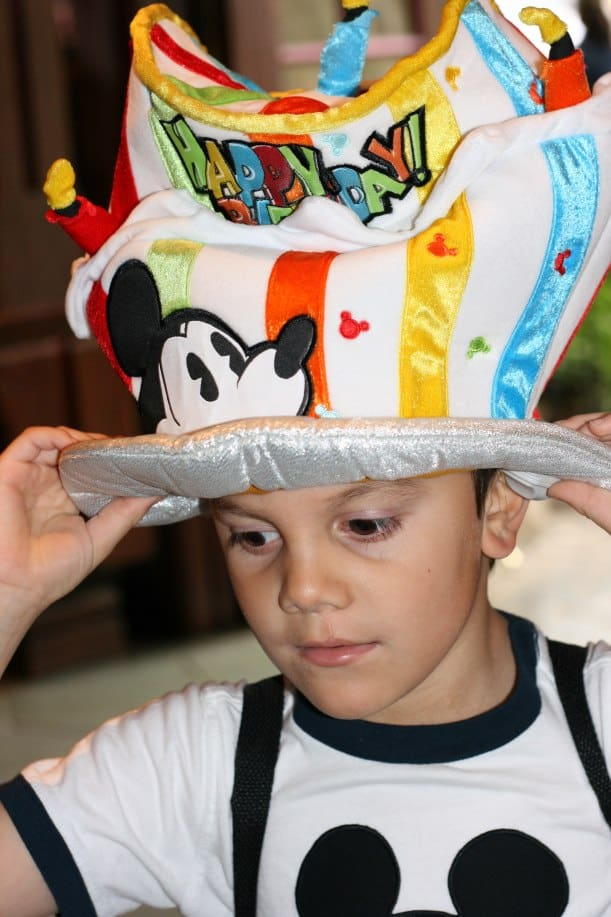 10 Magical Ways to Celebrate Your Birthday at Disneyland!
