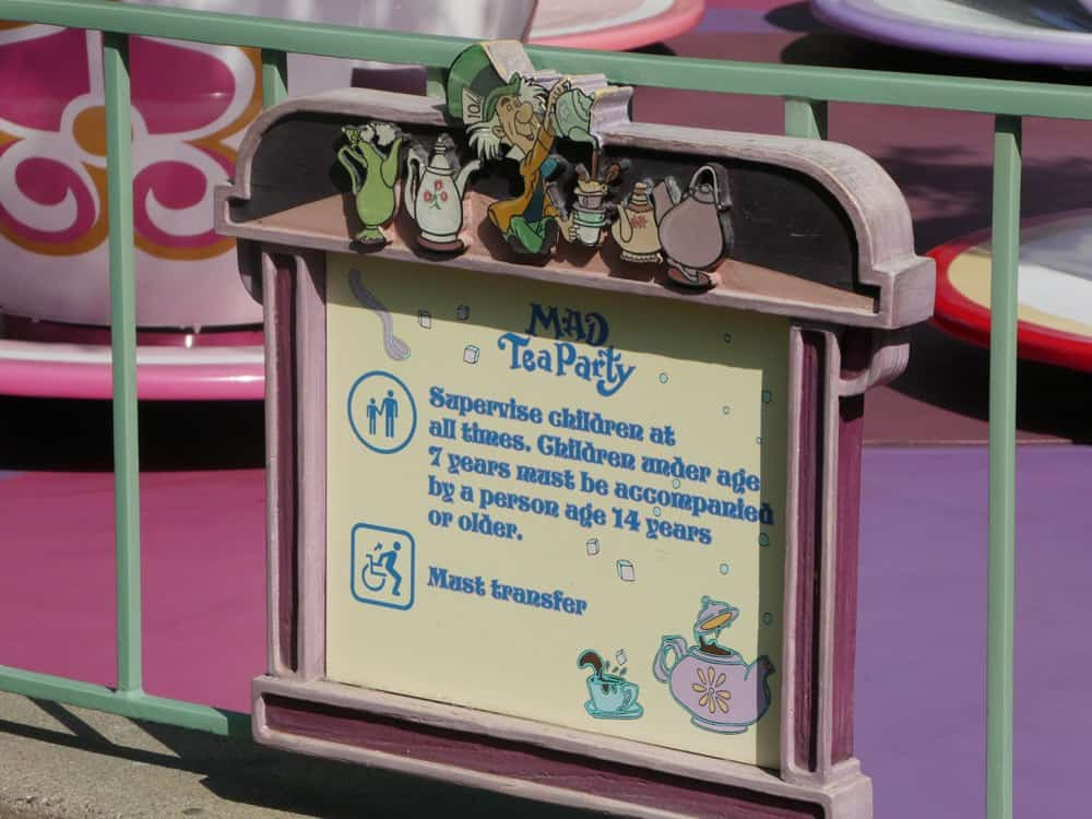 Not sure if your child is tall enough to ride certain Disneyland attractions? There's more to know than JUST height! Follow these tips about Disneyland ride height requirements so you'll know before your California vacation. #Disneyland