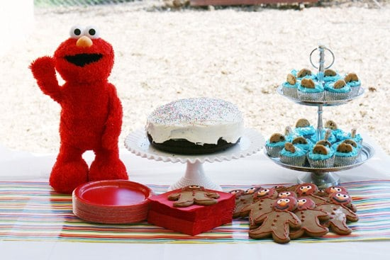 Sesame Street Elmo party on a budget. Tons of party ideas!