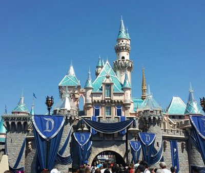 Disneyland Diamond Celebration – 60th Anniversary Dazzling Decor
