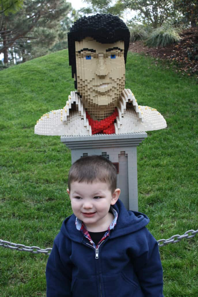 These LEGOLAND California tips for traveling with kids is the ultimate guide to enjoying this San Diego California theme park. Find out more about what to see & do, visiting with teens, what to eat and more about the LEGOLAND water park, seasonal events and aquarium.
