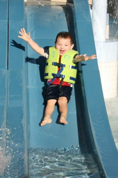 Guest Post from An Apple Per Day – Get Your Kids in the Pool With Swim Lessons