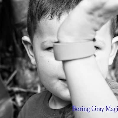 Decorating MagicBands – Customizing the Magic with Paint