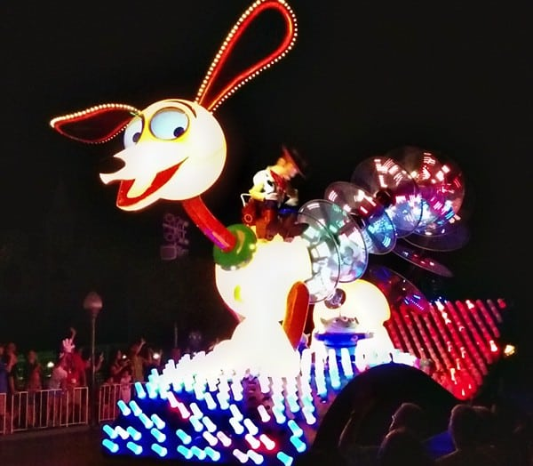 Paint the Night - Disneyland's Nighttime Spectacular Parade