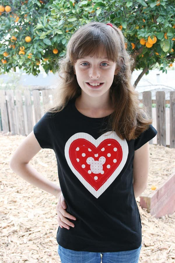 Sweet, Quick and Easy Applique Valentine's Day Heart Tee