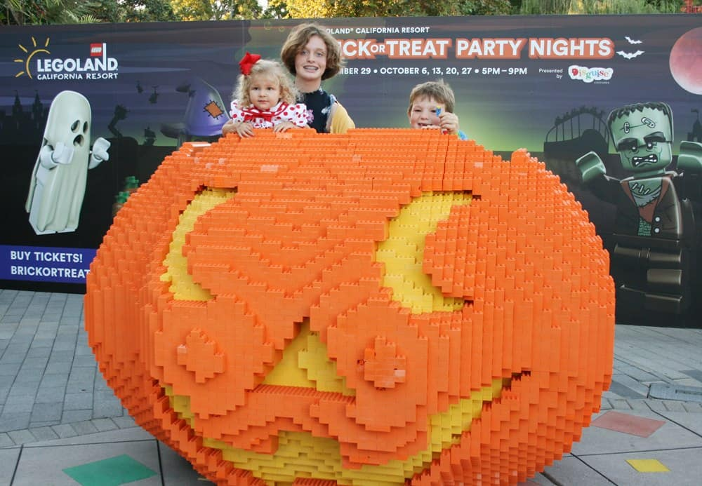 What's new at this year's LEGOLAND California Brick-or-Treat Party Nights Halloween Celebration? See what live entertainment, fun & candy will be offered at this annual event in San Diego.