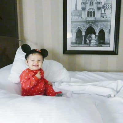 20 Trusted Tips for Traveling Alone with a Baby to Disney