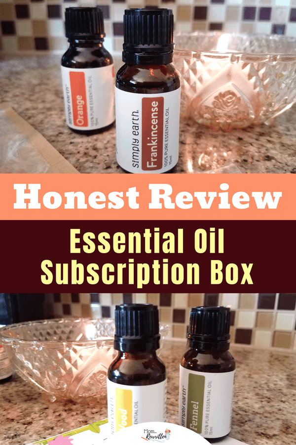 My honest review of Simply Earth and their monthly subscription recipe box with essential oils at reasonable prices. #SimplyEarth #SubscriptionBox #BoxOpening #Review #EssentialOils #Oils #Natural #HealthyLiving