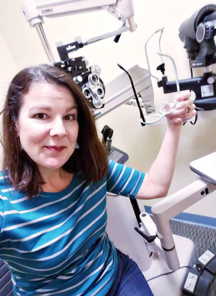 If you're considering ditching your glasses and/or contacts and thinking about LASIK eye surgery, read these 6 things to consider before planning surgery. #Lasik #Clearview AD