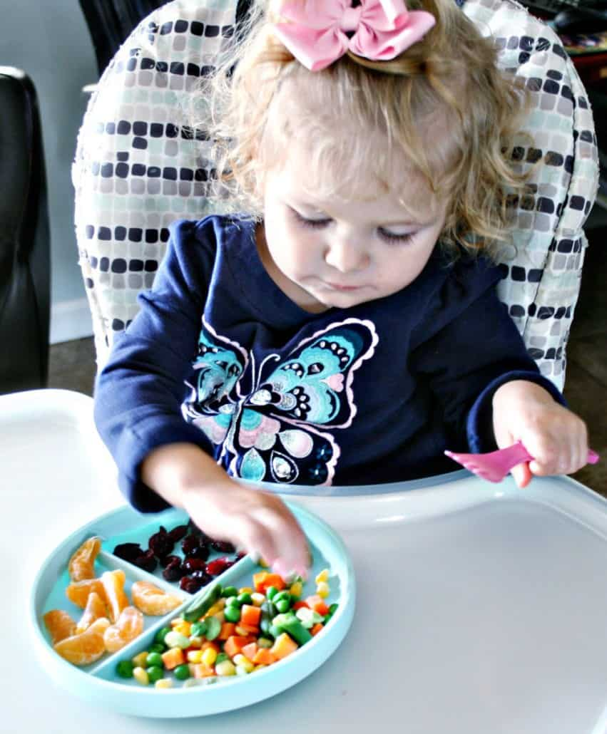 Looking for fun things to do with your toddler? Check out these ideas for brain-boosting games, indoor exercise, toddler-friendly crafts and healthy nutrition. #AD