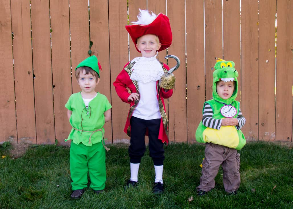 choosing the right halloween costumes for babies and toddlers is one of the most fun parts
