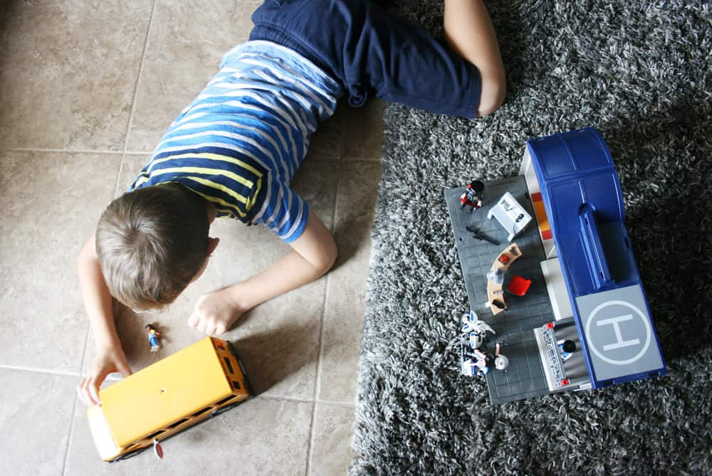 Why do kids need free time for imaginative play? These are the tips for squeezing in free play and ideas for the best toys