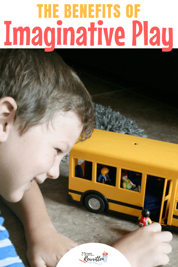 Why do kids need free time for imaginative play? These are the tips for squeezing in free play and ideas for the best toys. #AD #PlayWithPlaymobil   Imaginative Toys   Gift Guide   Open-Ended Play   Imagination   Toys for Kids