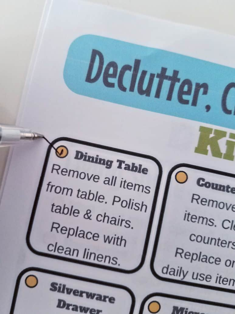 Looking for the best way to declutter, get organized and clean your home? These are easy decluttering tips with FREE printables to keep you on task! Find out how to declutter your desk, organize your kitchen, clear out kid stuff and have the cleanest bathroom. No need to get overwhelmed with housework with the practical advice and printable for daily housekeeping!